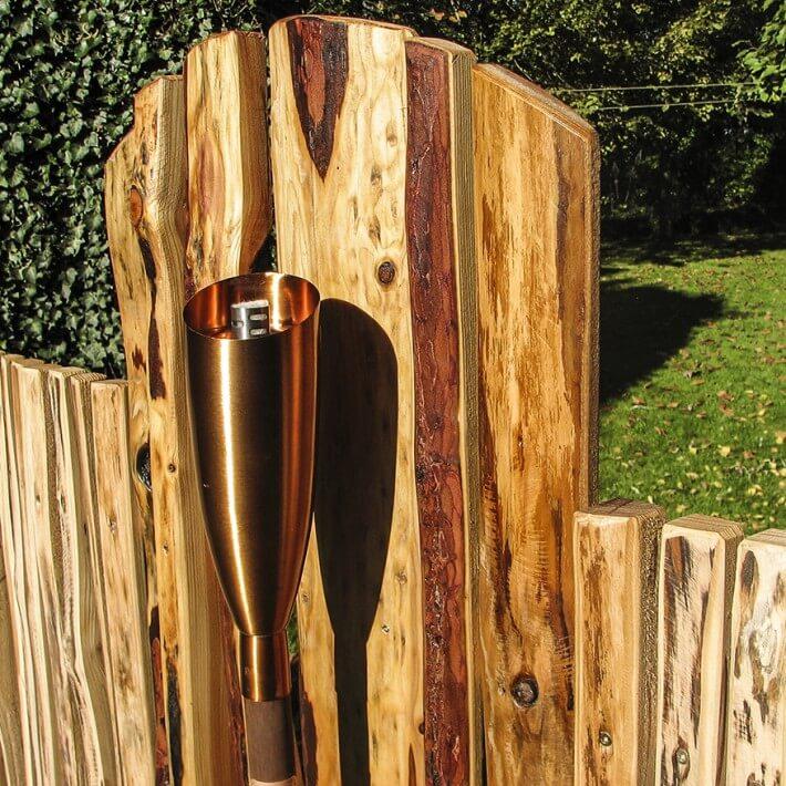 Kupfer und Holz im harmonischen Zusammenspiel