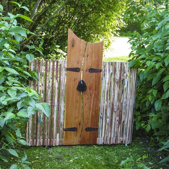 Torzaun - der optische Anspruch auf Nachbars Garten